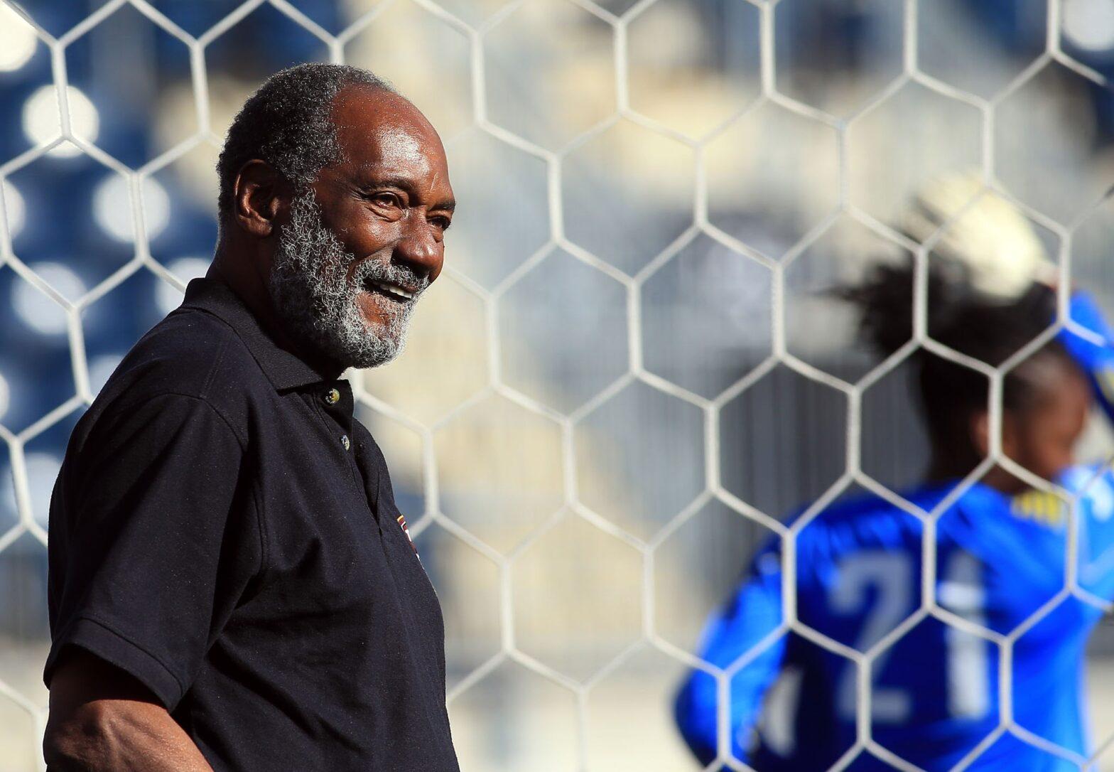 Lincoln Phillips        FIFA License Coach